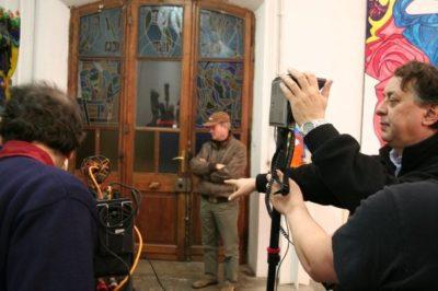 """Il regista Alberto Negro sul set del video d'artista """"Silvio Vigliaturo"""""""